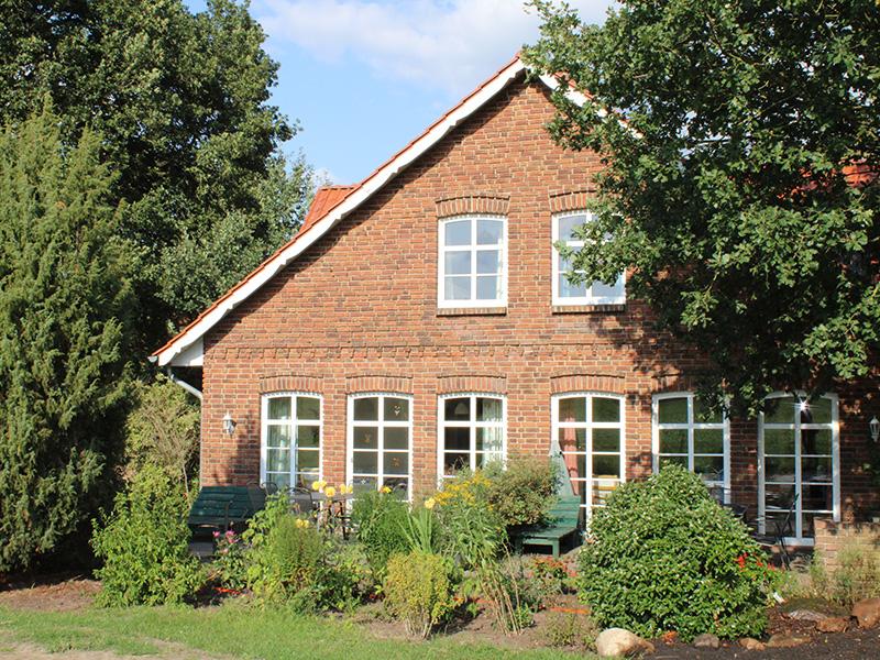 Ferienhaus links Rehblick und rechts Olepeerstall