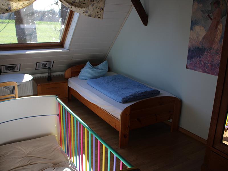 Schlafzimmer Waldblick(1)