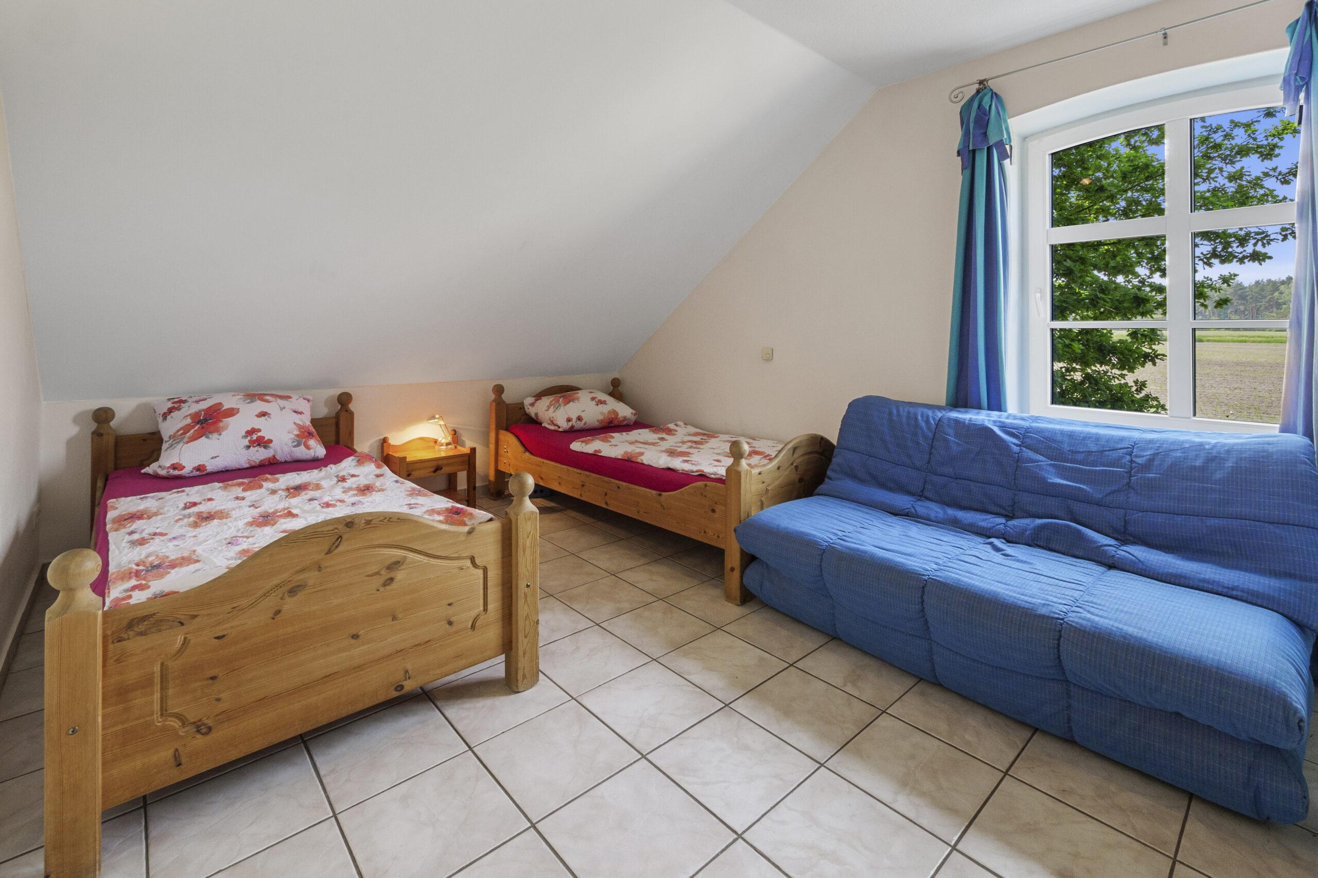 Ferienhaus 1_Schlafzimmer_2_Bett